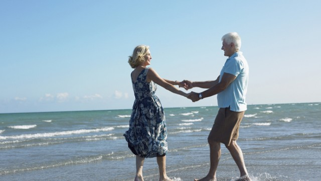 Choosing Cape Coral Waterfront Real Estate Lots for a Dream Retirement